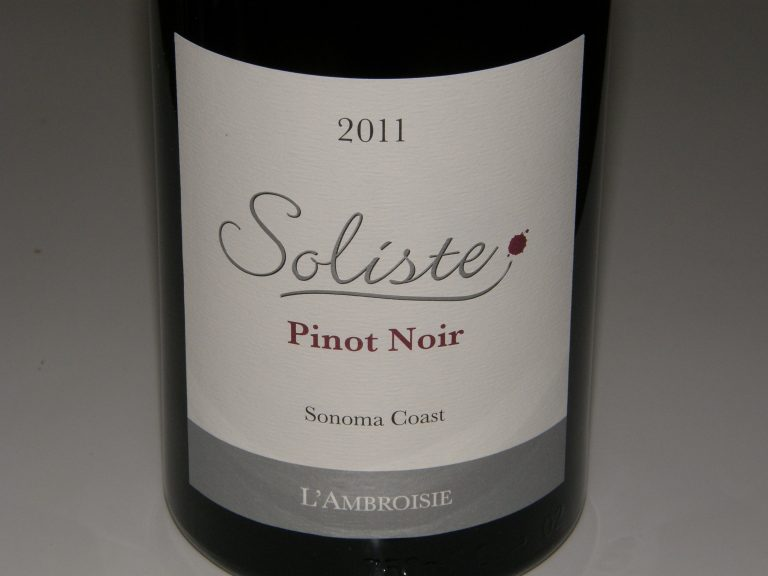Looking Back at 2013: The Best Pinot Noirs