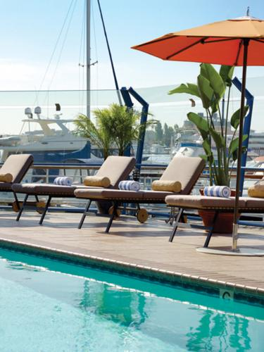 The nautical theme is abundant at the Waterfront Hotel.