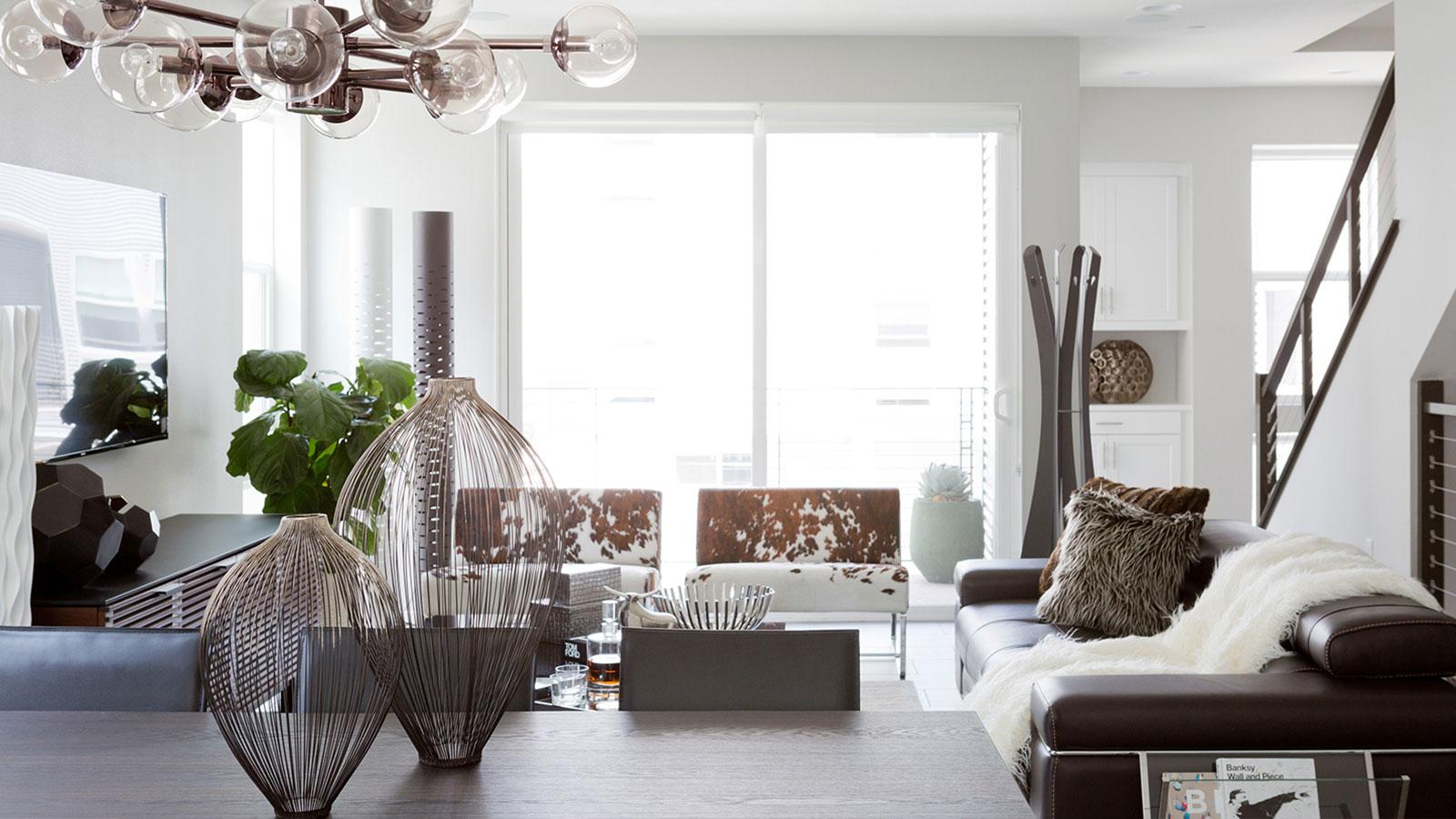 Irvine 39 S Cantoni Helps Costa Mesa Homeowner Achieve Modern Bachelor Pad Vision Orange Coast